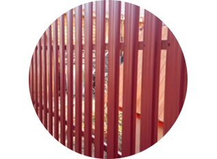 Забор из евроштакетника стандарт